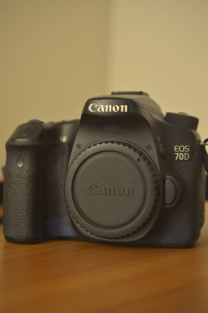 Canon 70D for Sale in Los Angeles, CA