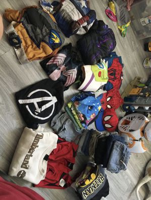 Boys clothes 5-7 for Sale in Phoenix, AZ