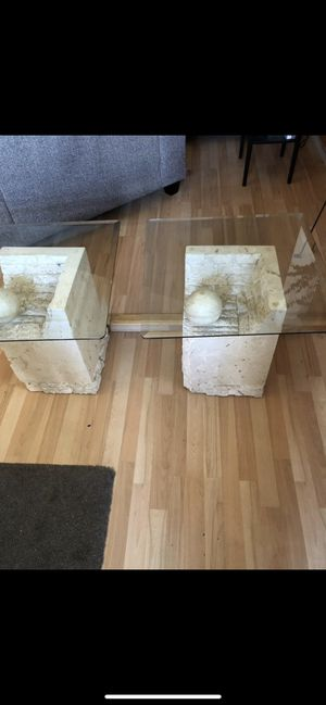 Coffee Table 2 End Tables for Sale in St. Louis, MO