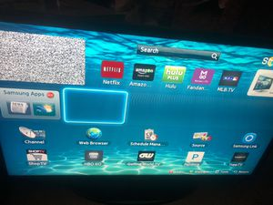 "SAMSUNG ""32 INCH SMART TV for Sale in North Providence, RI"