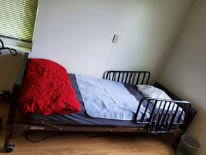 Twin Electric Hospital Bed ! for Sale in Columbus, OH
