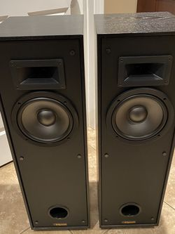 Klipsch KG 3.5 Black Speakers for Sale in Big Rock,  IL