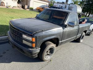 92 Chevy Short bed single cab for Sale in Rialto, CA