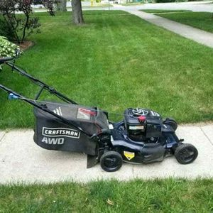 Craftsman, lawn mower awd for Sale in Gig Harbor, WA