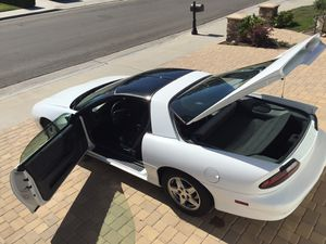 1998 Camaro, A/T, AC, chrome wheels, new battery. for Sale in Huntington Beach, CA