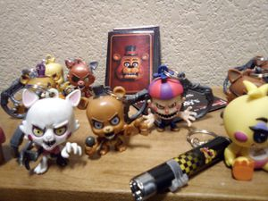 5 nights at Freddy's figures for Sale in Las Vegas, NV