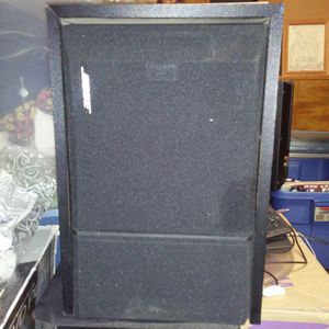 Bose 201 pair bookshelf speakers for Sale in Bakersfield, CA