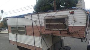 Raynel cabover camper for Sale in Santa Ana, CA