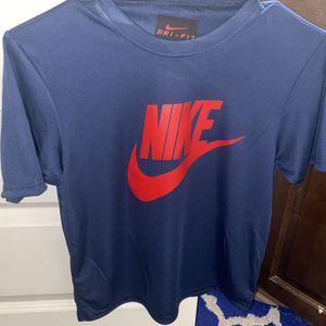 Nike Dri Fit Shirt for Sale in Stockbridge, GA
