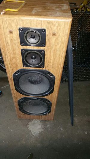 Speaker speakers all kinds of speakers for Sale in Port St. Lucie, FL