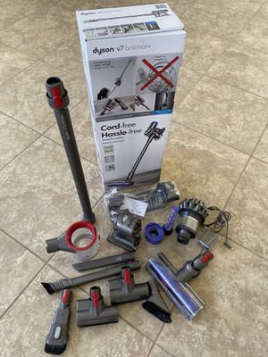 Dyson V7 Animal+ for Sale in Chino Hills, CA