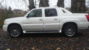 2003 Cadillac Escalade ext for Sale in Lakewood, WA