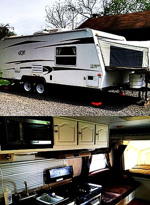 19ft. hybrid camper Rockwood ROO Forest River 09 for Sale in Saint Petersburg, FL