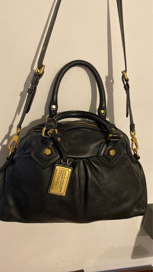 Marc By Marc Jacobs crossbody bag for Sale in Irvine, CA