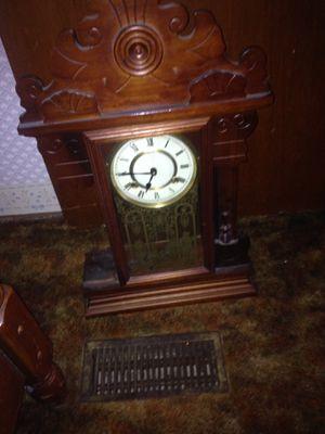 Antique clock for Sale in Zirconia, NC