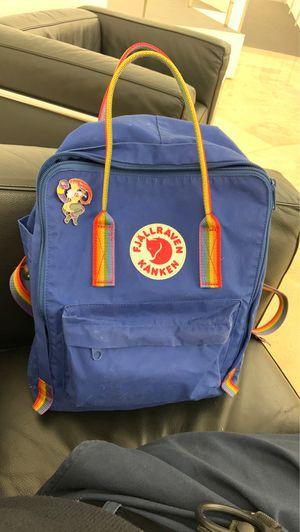 Fjallraven kanken large backpack for Sale in Los Angeles, CA