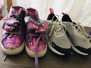 Jojo , Nike Air Max 270 Girl Size 2 lot original value is $120 make offer for Sale in Mobile, AZ