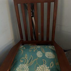 Rocking Chair for Sale in Metuchen, NJ