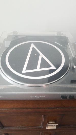 Audio Technica AT-LP60 Record Player for Sale in Solana Beach, CA