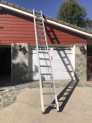 Werner 32' extension ladder for Sale in Upland, CA