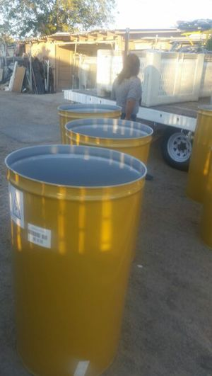 55 gallons metal drums for Sale in Sanger, CA
