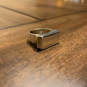 925. Silver ring. Size 8 for Sale in San Antonio, TX