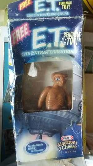 ET from inside kraft macaroni cheese box for Sale in Pittsburgh, PA