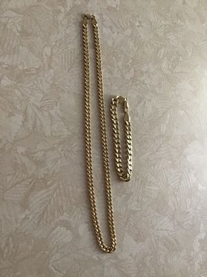 gold plated 18k , very good condition , for Sale in Strongsville, OH