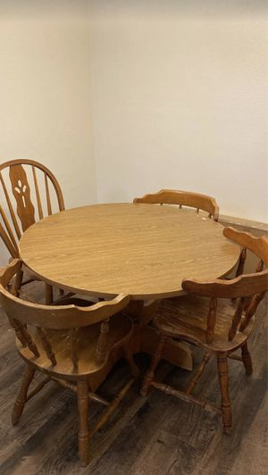 Table & 4 chairs NEED GONE TODAY for Sale in Greenville, SC