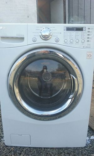 LG all in one combo, washer and dryer all in one for Sale in Fort Washington, MD