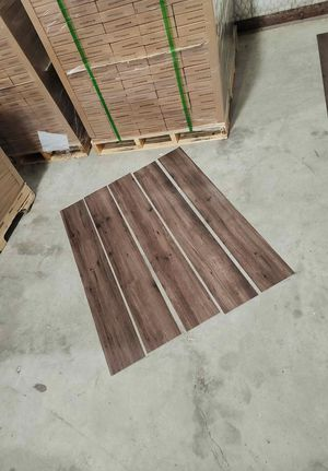 Luxury vinyl flooring!!! Only .65 cents a sq ft!! Liquidation close out! 2 4FG for Sale in El Paso, TX