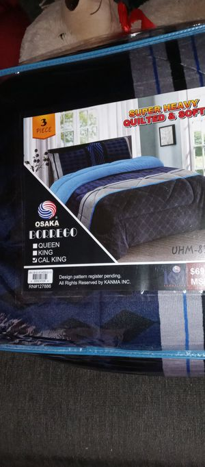 Cal King Borrego blanket for Sale in Fontana, CA