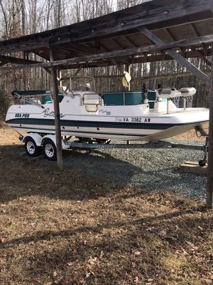 Rare Sea pro 220 with Johnson 150 for Sale in Kents Store, VA