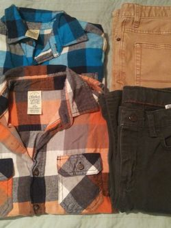 Faded Glory/ Cat & Jack/Wrangler Boys. Size 10-12: 2 Shirts& 2 Pants/2 Camisas Y 2 Pantalones for Sale in Dallas,  TX
