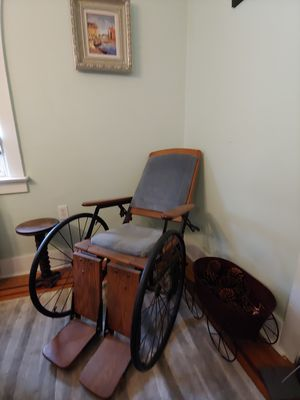 Antique wheelchair for Sale in East Lansdowne, PA
