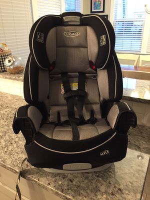 Graco 4 Ever 4-in-1 Convertible car seat for Sale in Wake Forest, NC