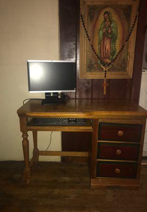 Wood desk older model for Sale in Hanford, CA
