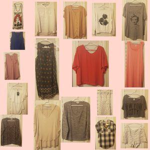 Women's Clothes Lot XL for Sale in Gilbert, AZ