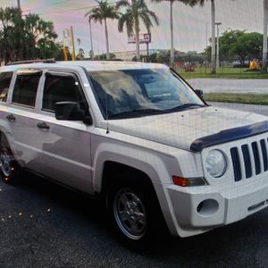2008 Jeep Patriot Limited for Sale in Miami, FL