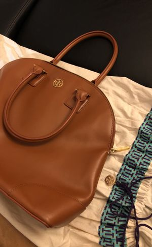 Tory Burch Robinson Camel Dome Satchel for Sale in New York, NY