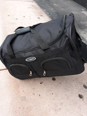 Duffle bag new top quality 2 wheels for Sale in Miami, FL