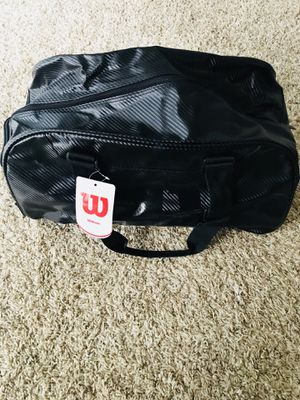 Wilson Black Duffle Bag for Sale in MIDDLEBRG HTS, OH