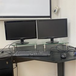 Computer Displays With Mouse And Keyboard for Sale in Los Angeles,  CA