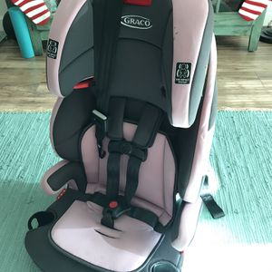 Graco 3 in 1 with Back Extension for Sale in Miami, FL