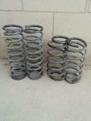 99-04 jeep grand cherokee springs for Sale in South Gate, CA