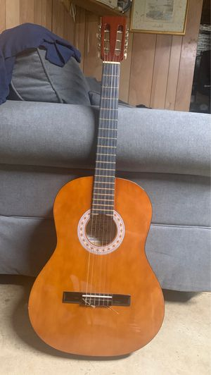 Lucinda guitar for Sale in Countryside, IL