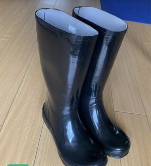 Rain boots CROC Size 10 new / Not FREE, best offer (moving) for Sale in Fort Lauderdale, FL
