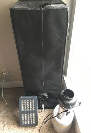 In door grow tent with lights and filter for Sale in Dallas, TX