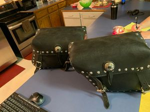 Leather saddle bags for motorcycle for Sale in Stilwell, OK