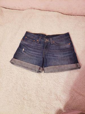 Short Levis semi nuevo size 27 $20 for Sale in Los Angeles, CA
